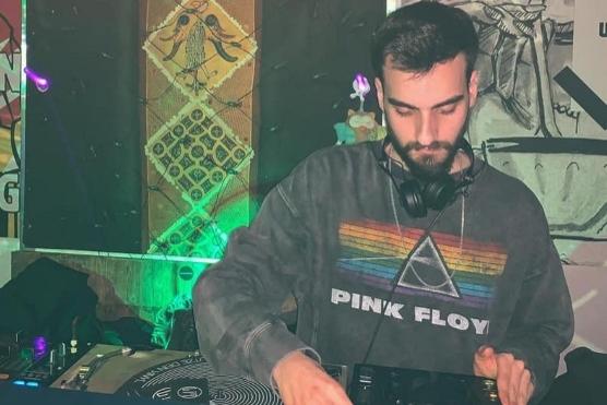 די ג'יי דניאל אלפסי LATE NIGHT DJS