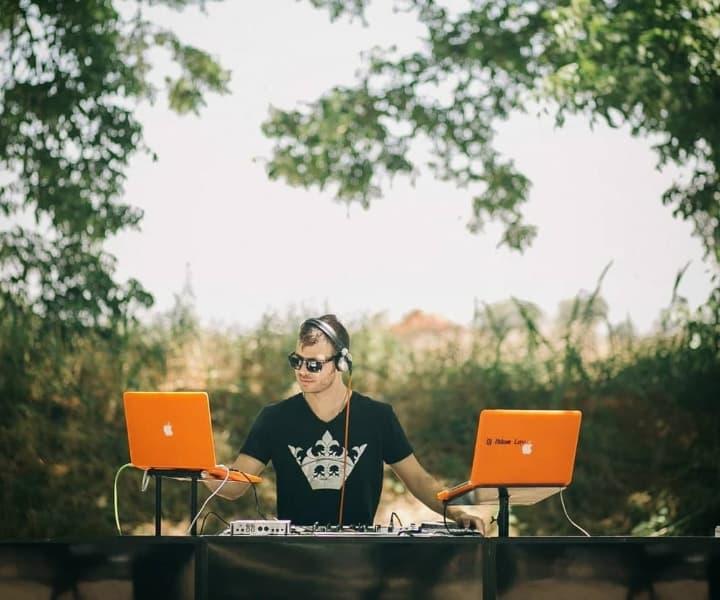 הסט של DJ אדם לב